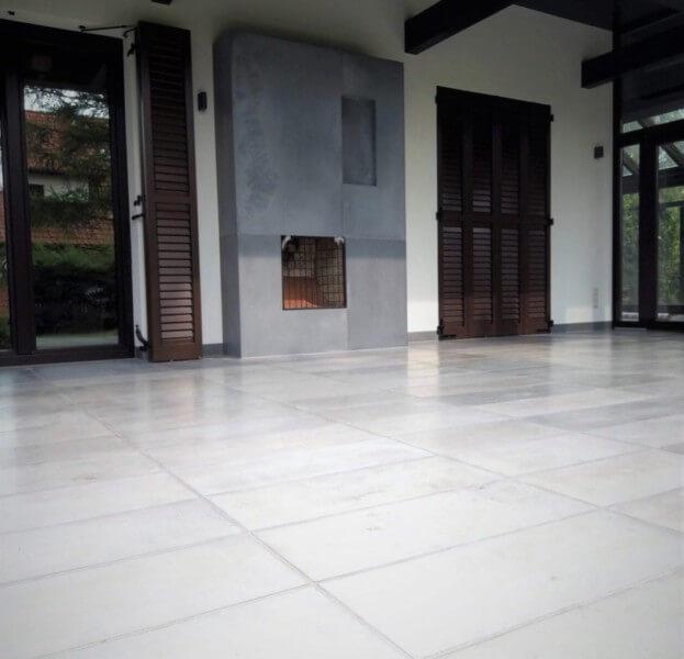 Outside concrete slabs I